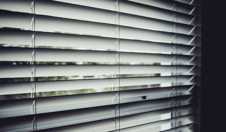 Easy cleaning solutions for dusty blinds